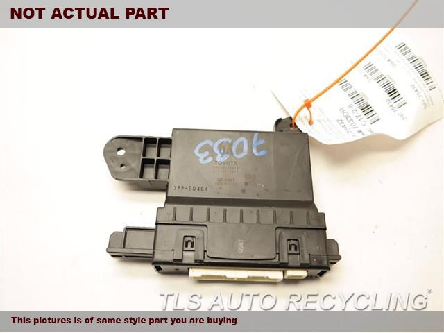 2016 Toyota Prius Chassis Cont Mod. 88650-47490 AIRCONDITIONER AMPLIFIER