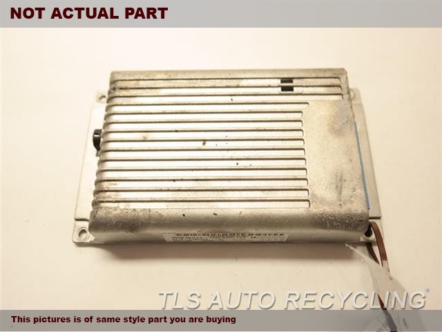 2008 BMW 328I Chassis Cont Mod.  6135923146861359177985 JUNCTION BOX MODULE