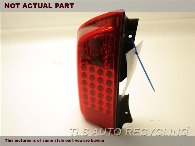 DRIVER TAIL LAMP 265557S625