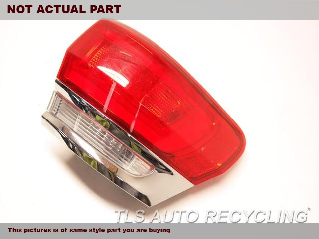 2015 Jeep Grandcher Tail Lamp  RH,QUARTER PANEL MOUNTED, W/O BEZEL