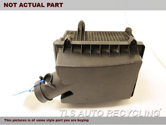2009 Land Rover Lr2 Air Cleaner  (3.2L)