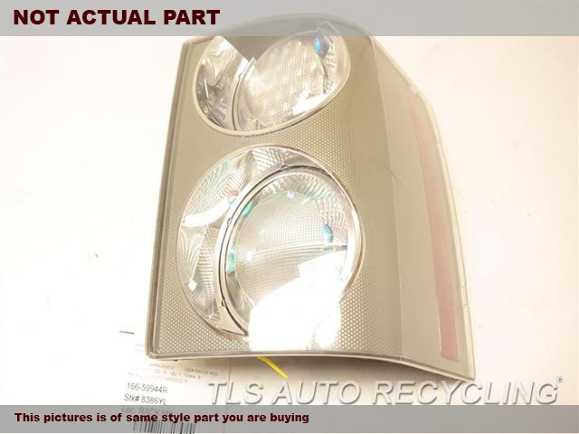 NEW OEM TAIL LAMP XFB500341LPO