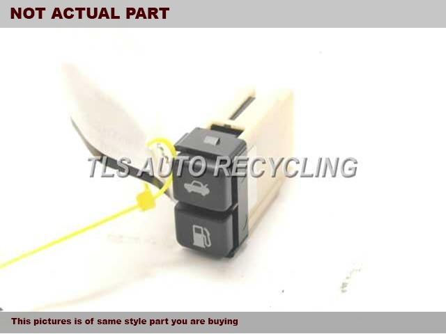 TRACTION SWITCH 84988-33030