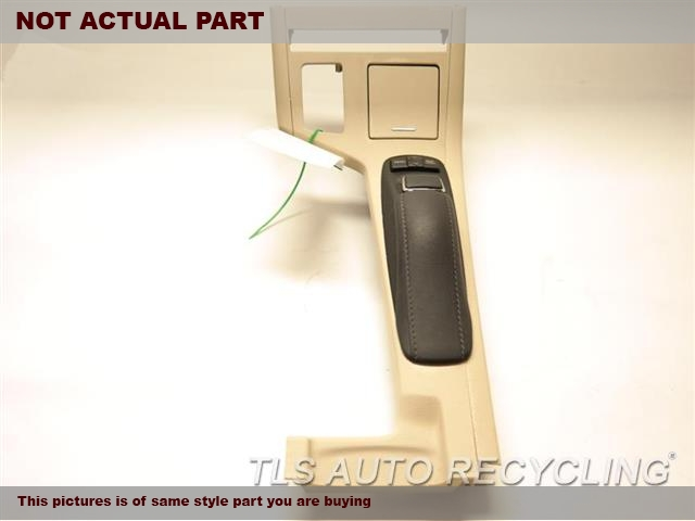 2013 Lexus ES300H Dash switch. 84250-33351GRAY STEERING WHEEL PAD ASSEMBLY