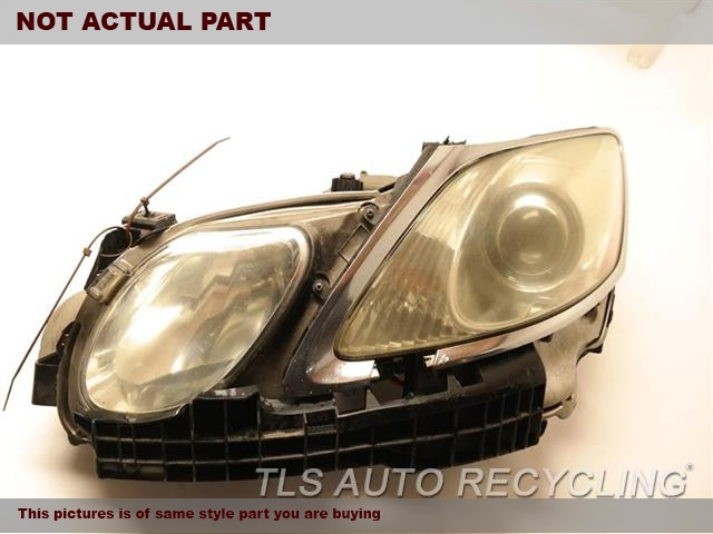 2006 Lexus GS 300 Headlamp Assembly. 81070-30B61    TWO BROKEN TABSDRIVER HID HEADLAMP COMPLETE