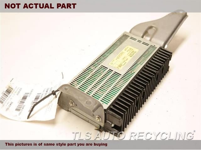 RADIO AMPLIFIER 86280-30510