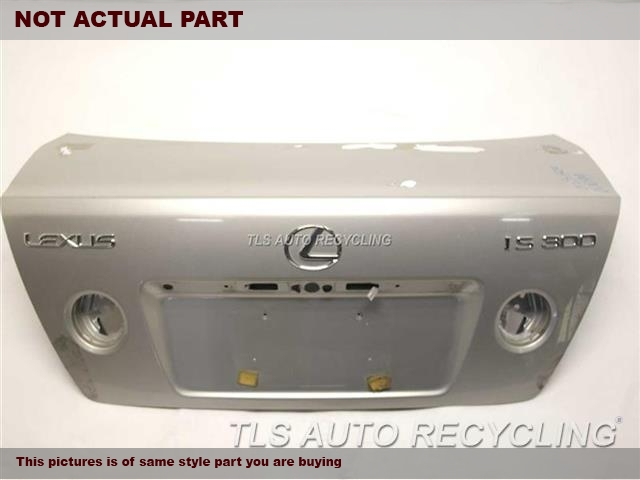 2001 Lexus IS 300 Deck lid. 000,BLK