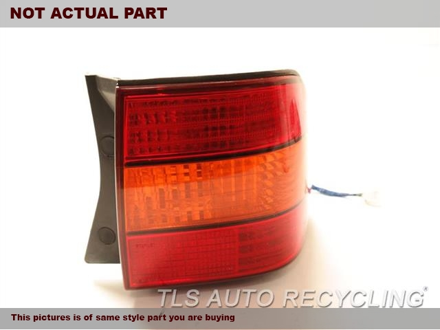 2000 Lexus LS 400 Tail Lamp. 81550-50070PASSENGER QUARTER TAIL LAMP