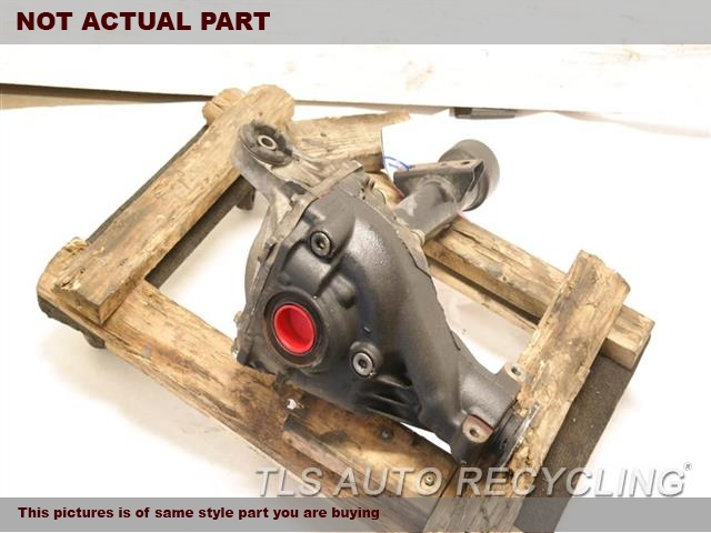 2001 Lexus LX 470 Rear differential. FRONT DIFFERENTIAL 41110-6A171