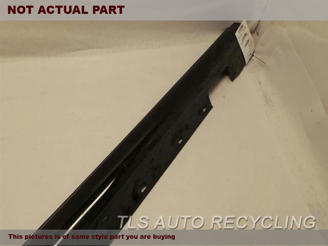 2013 Mercedes C250 Rocker Pnl Moulding. 2046980054  BLACK PASSENGER ROCKER PANEL 2DOOR