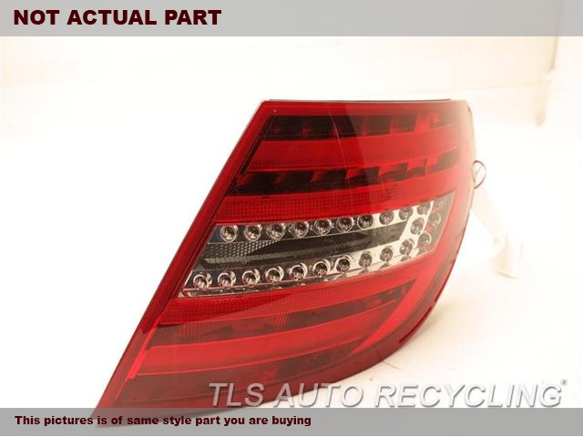 2013 Mercedes C250 Tail Lamp. PSSNGR QUARTER TAIL LAMP 2049060703