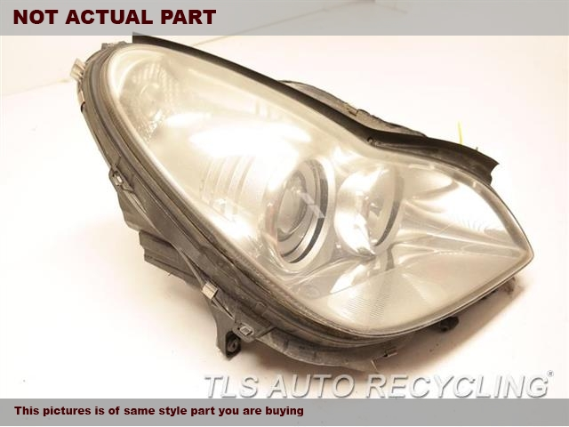 2007 Mercedes CLS550 Headlamp Assembly. NEEDS BUFFRH,219 TYPE, CLS550, HALOGEN, R.