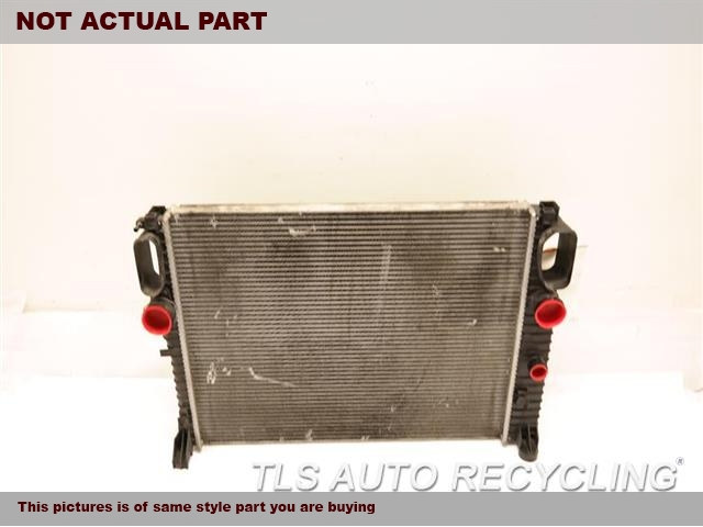 2007 Mercedes CLS550 Radiator. 219 TYPE, CLS550