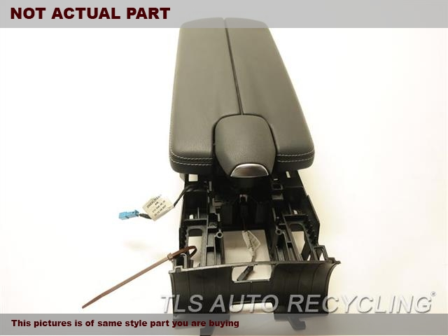 2012 Mercedes CLS550 Console front and Rear. BLK,218 TYPE, (FLOOR), CLS550