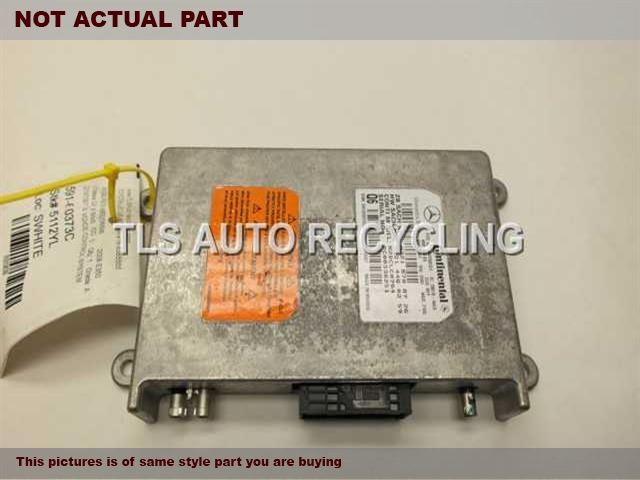 2006 Mercedes ML350 Chassis Cont Mod. 2218708726 VOICE CONTROL SYSTEM