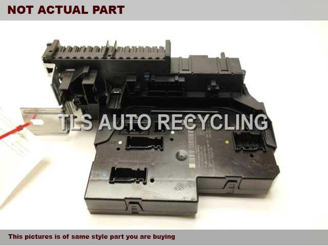 2012 Mercedes GLK350 Chassis Cont Mod. 2049009101 SIGNAL ACTIVATION