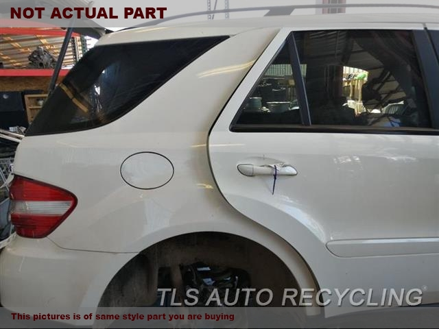 2007 Mercedes ML350 Quarter Panel Assy. 000,RH,SLV,164 TYPE, ML350, R.