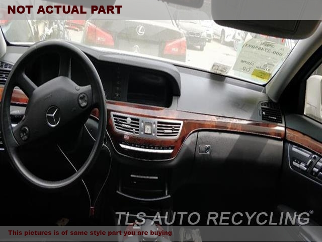 2007 Mercedes S550 Dash Board  GRY,221 TYPE, S550