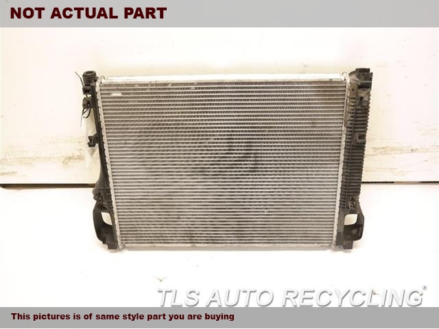 2008 Mercedes S550 Radiator  221 TYPE, S550