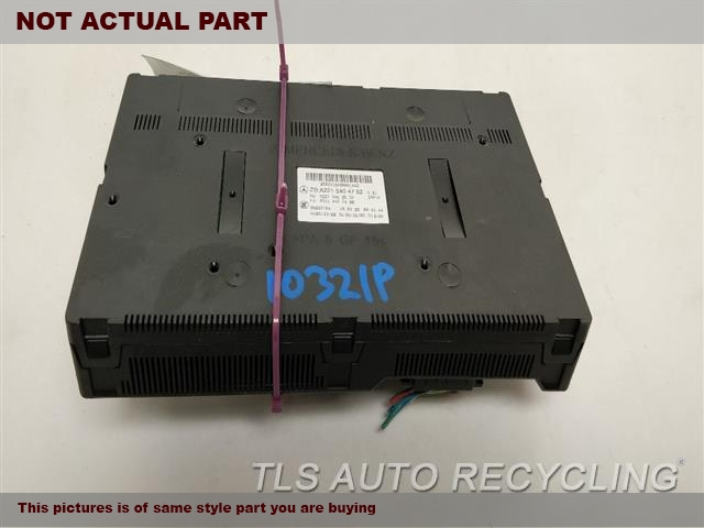 2007 Mercedes S550 Chassis Cont Mod. 2215403862,REAR SIGNAL ACTIVATION