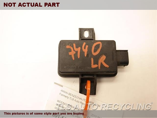 2013 Mercedes C250 Chassis Cont Mod. SYSTEM (TPMS)0009000800 TIRE PRESSURE MODULE