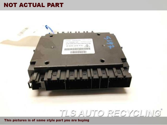 2005 Porsche Cayenne Chassis Cont Mod. 95561802710 BODY CONTORL MODULE
