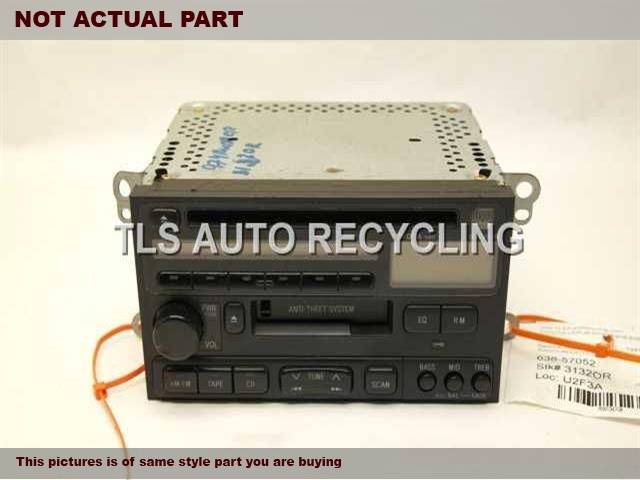1999 Toyota Land Cruiser Radio Audio / Amp. RADIO RECIEVER 86120-33040
