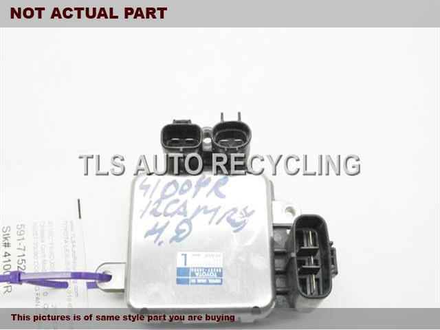 2007 Toyota RAV 4 Chassis Cont Mod. 89257-30080 COOLING FAN COMPUTER