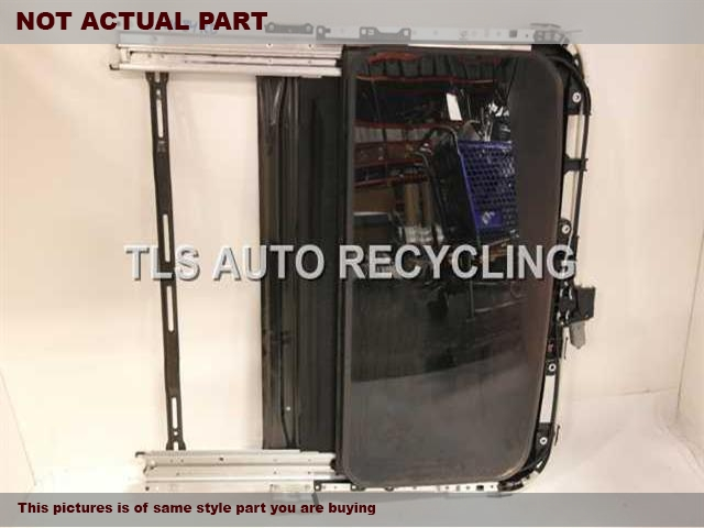 2016 Toyota Camry Roof Assembly.  SUNROOF