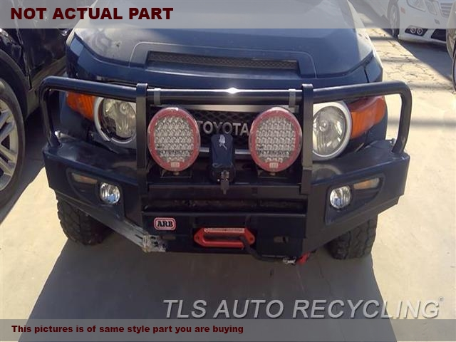 2007 Toyota FJ Cruiser Bumper cover Front. SMITTYBILT ROPE SYNTHETIC WINCH