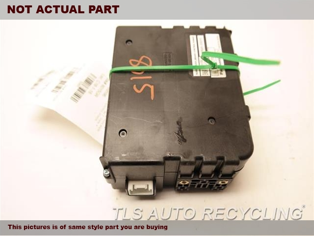 2005 Toyota Prius Chassis Cont Mod. 89680-33010 BRAKE CONTROL POWER