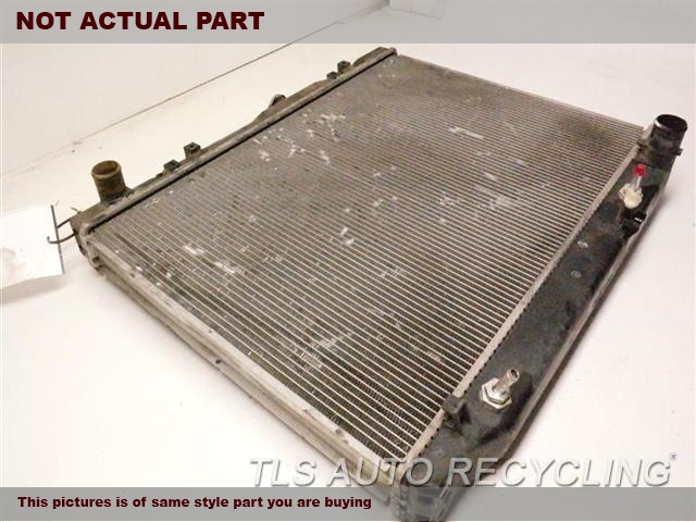 2000 Toyota Land Cruiser Radiator. (4.7L, 2UZFE ENGINE, 8 CYLINDER)