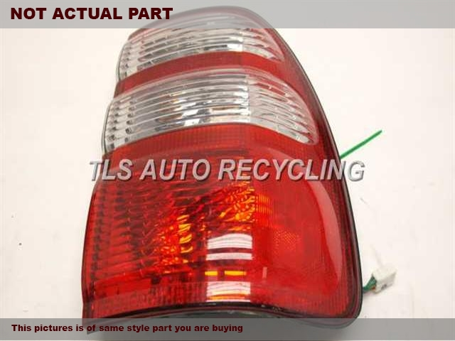 2004 Toyota Land Cruiser Tail Lamp. PASSENGER QUARTER LAMP 81550-60690