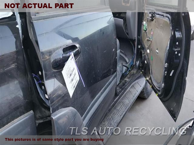 2004 Toyota Land Cruiser Door Assembly, Rear Side  000,RH,GRY,4DR,PW,PL,MOULDING, R.