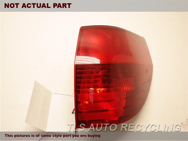PASSENGER QUARTER TAIL LAMP