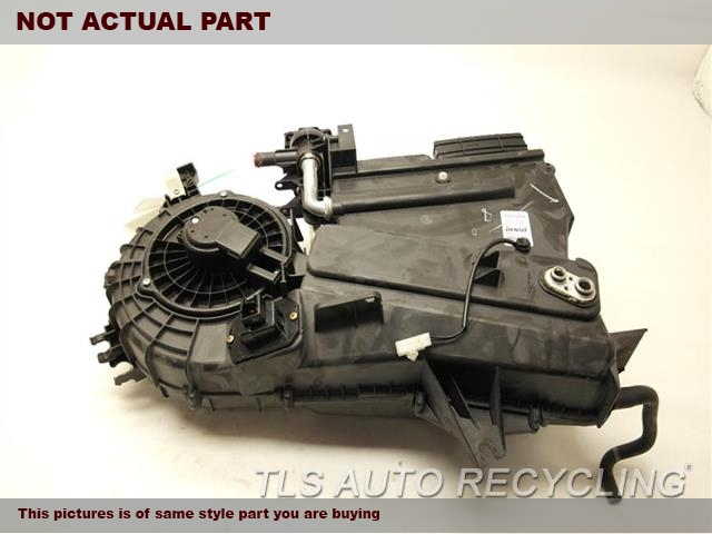 2006 Toyota Sienna AC Evaporator Housing. 87130-08070 87050-08030AC EVAPORATOR HOUSING ASSEMBLY