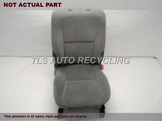 2006 Toyota Tacoma Seat, Front.  71071-AD040-B3 71073-AD070-B1 71910-AD030-B0GRAY PASSENGER FRONT CLOTH SEAT