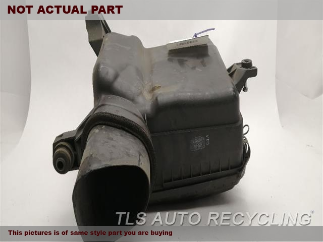 2007 Toyota Tundra Air Cleaner. 8 CYLINDER