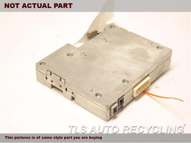2013 Toyota Highlander Chassis Cont Mod. ONE CONNECTOR HAS SMALL CRACK86100-YY050 EXTENSIO BLUETOOTH UNIT